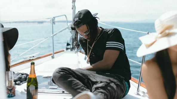 watch-the-official-music-video-for-partynextdoors-recognize-featuring-drake-01
